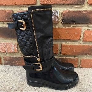 Girls Black Quilted Rain Boots Sz 2